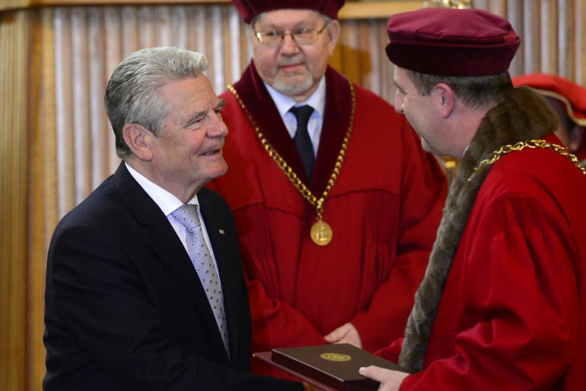 Joachim Gauck v Karolinu