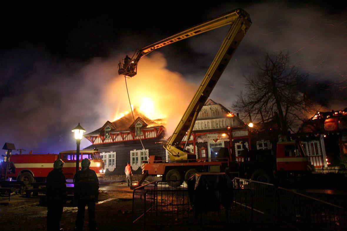 Požár chaty Libušín