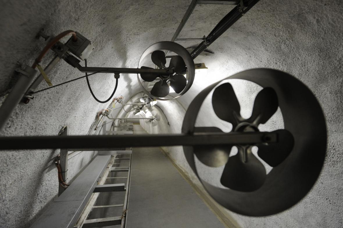 Také zázemí Strahovského tunelu může sloužit jako kryt