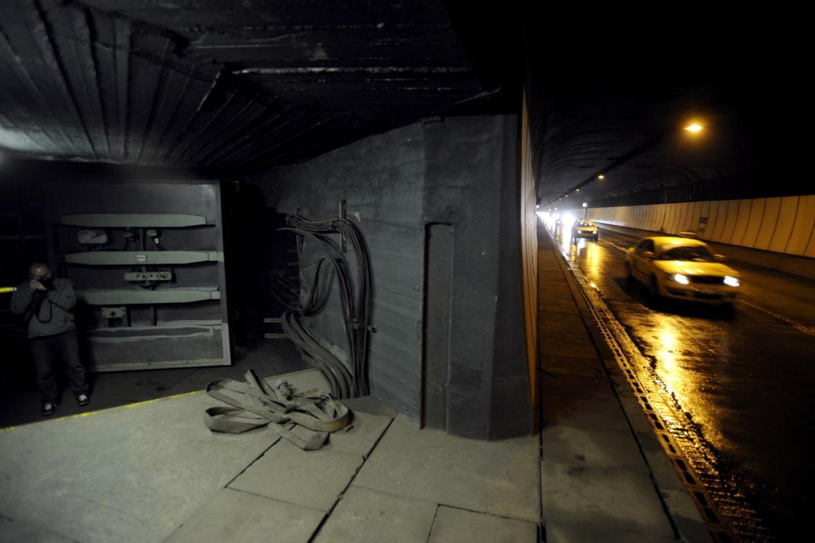 Protiatomový kryt ve Strahovském tunelu