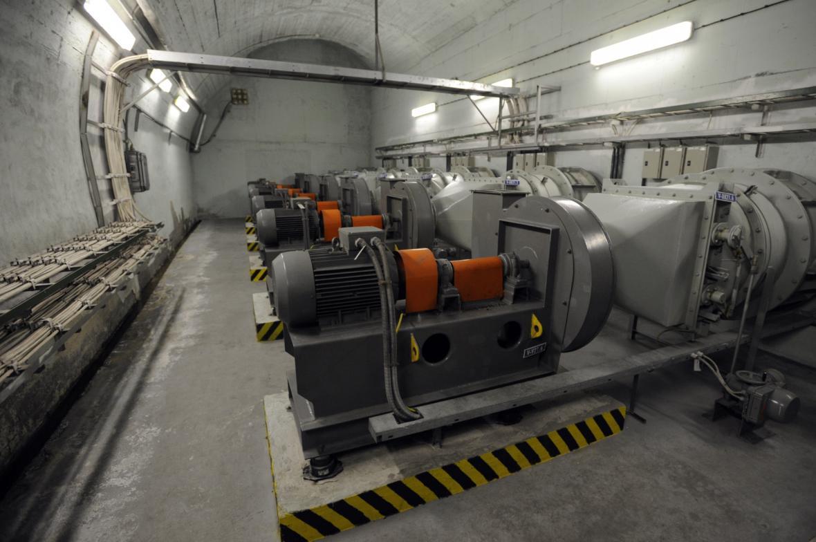 Technické zázemí krytu ve Strahovském tunelu