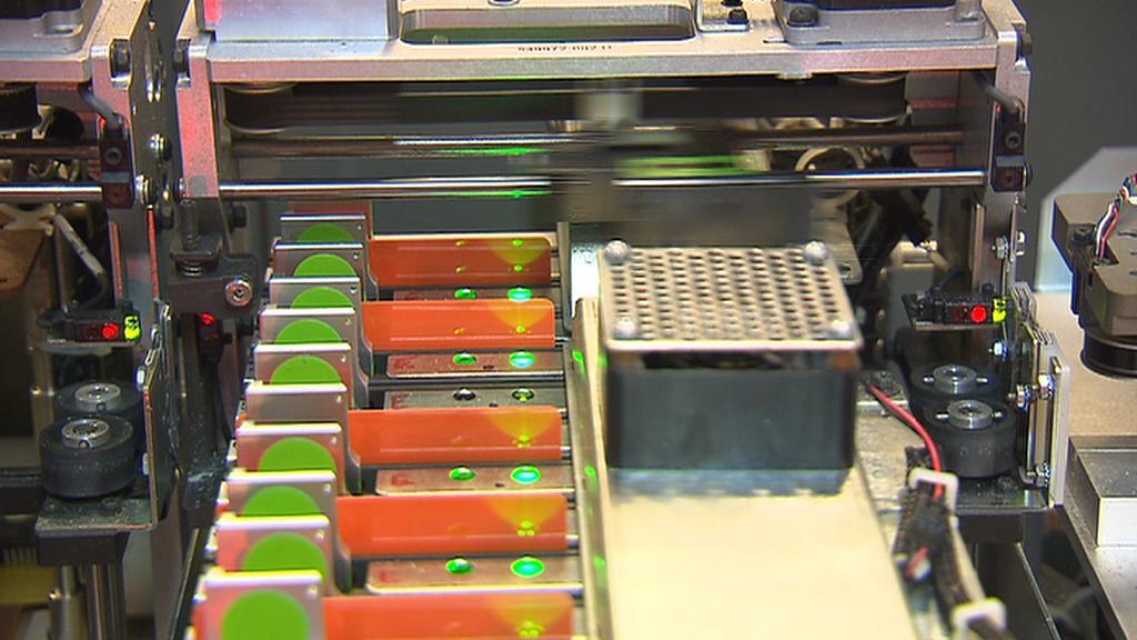 Výroba platebních karet