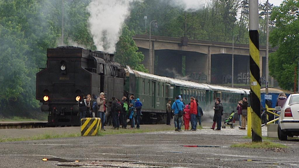 Zvláštní vlak do Brandýsa v Praze-Braníku