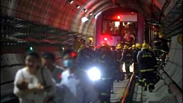 Srážka vlaků v metru v Soulu