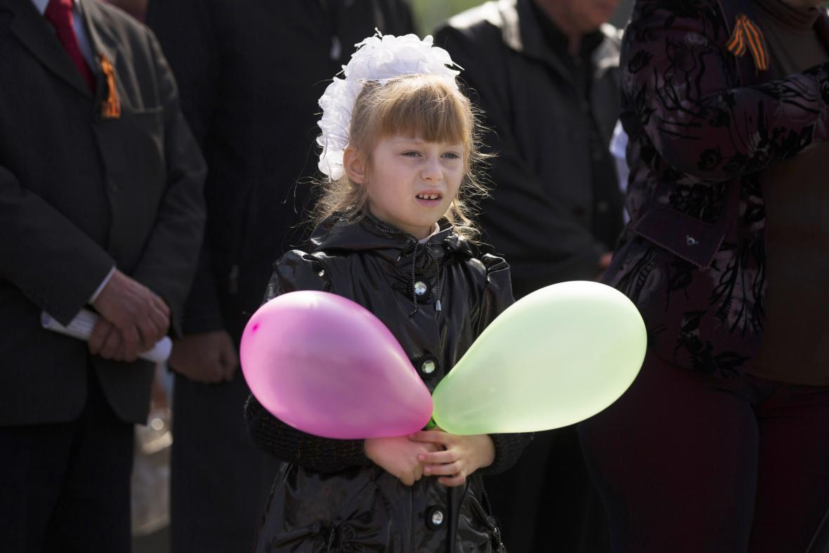 Prvomájové oslavy ve východoukrajinském Slavjansku