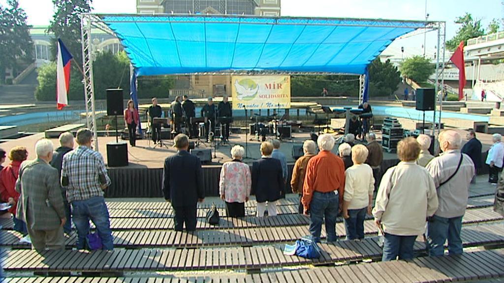 Komunistické oslavy 1. máje na pražském Výstavišti