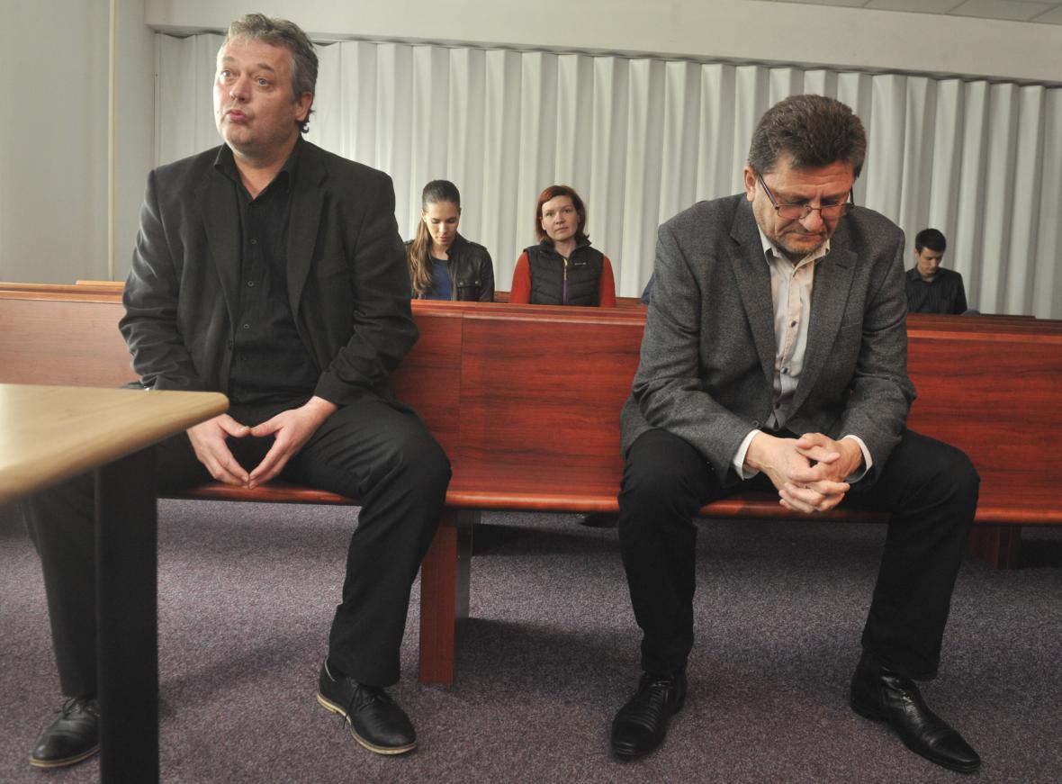 Obžalovaní Radim Dostál a Bohuslav Zdráhala