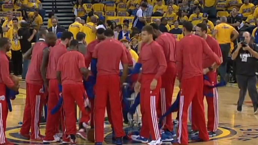 Hráči Clippers protestovali dresy naruby