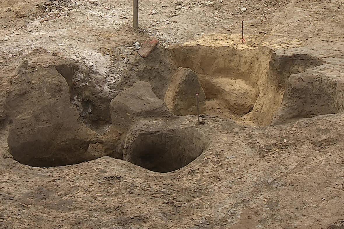Práce archeologů na Zelném trhu v Brně