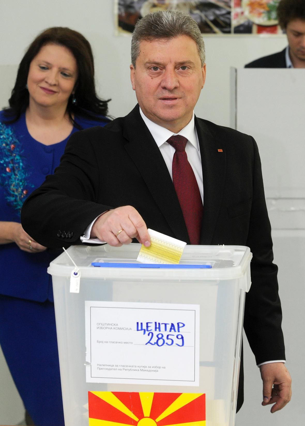 Gjorge Ivanov u volební urny