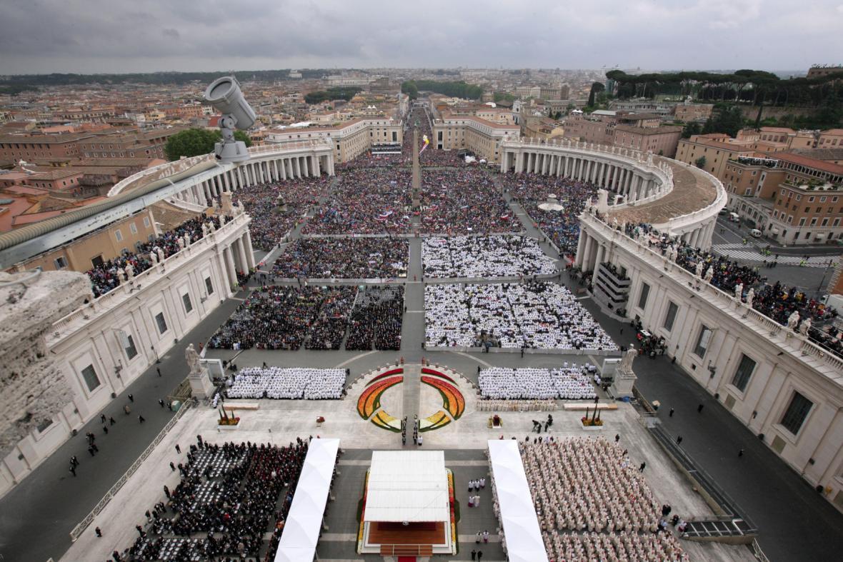 Svatořečení papežů ve Vatikánu