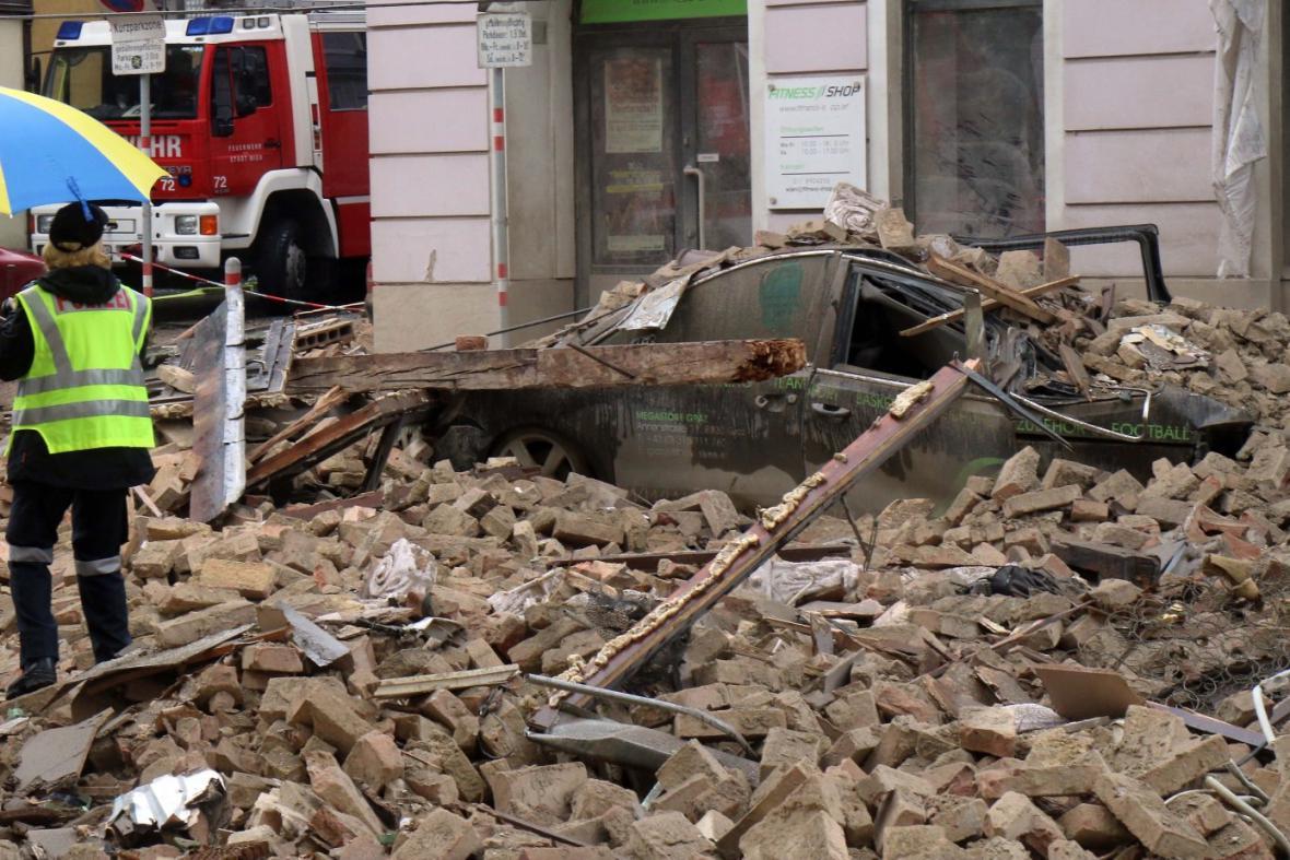 Následky výbuchu domu ve Vídni