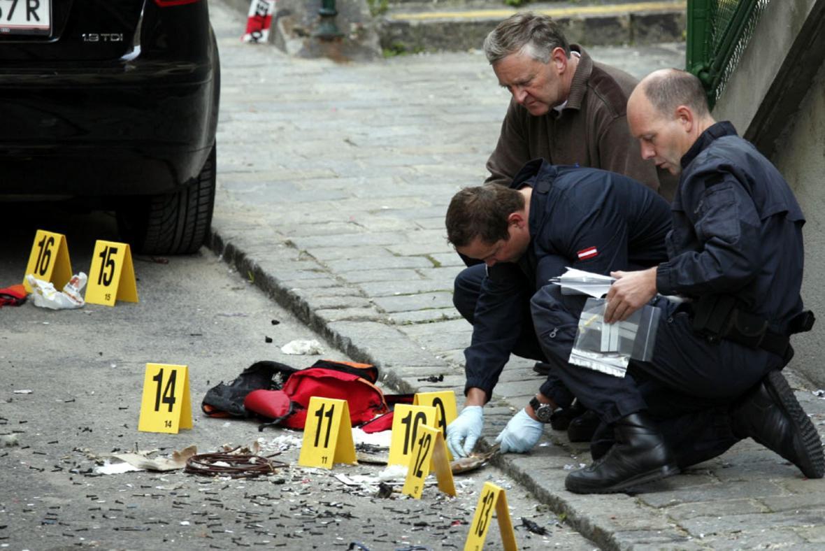 Vyšetřovatelé zkoumají příčinu výbuchu domu ve Vídni