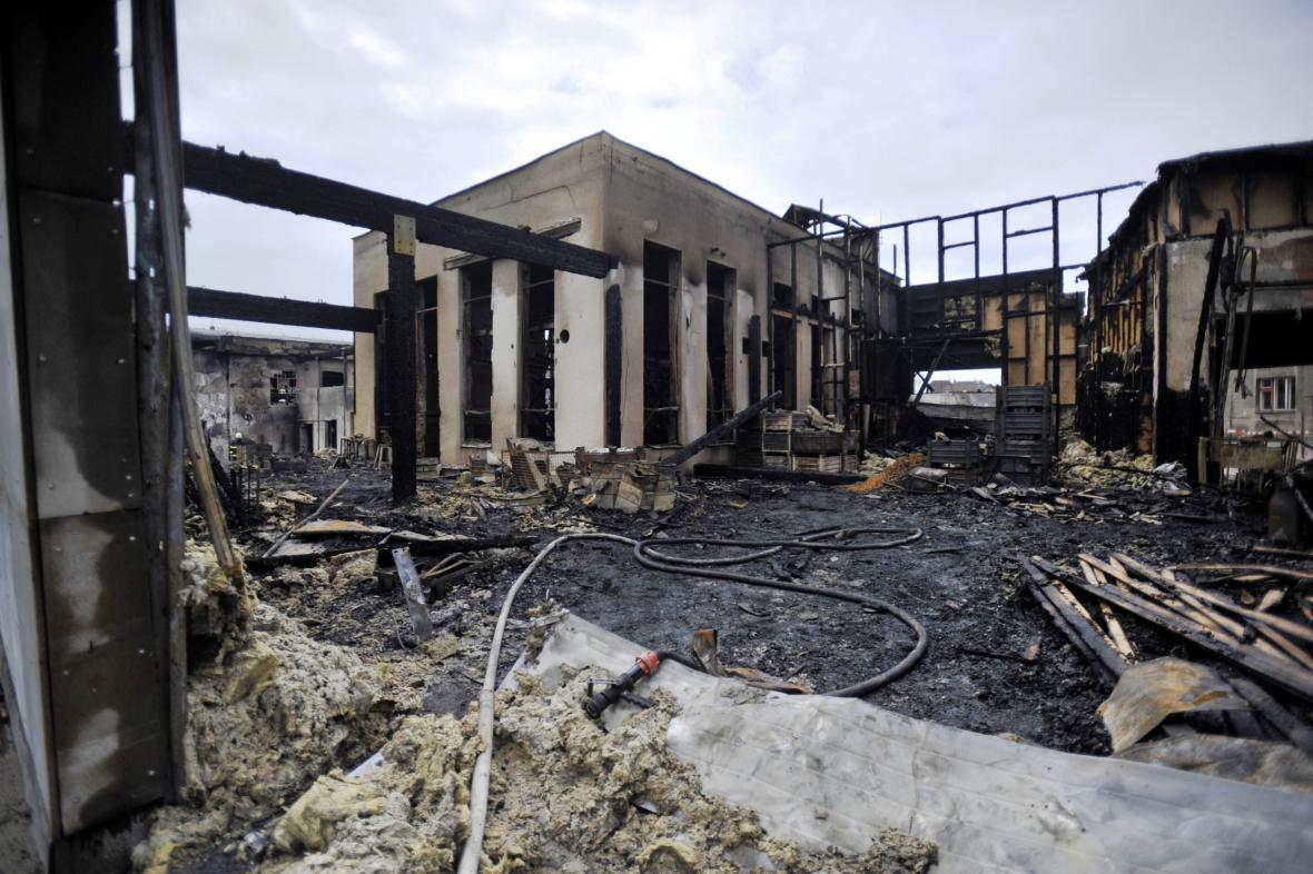Vyhořelá galvanovna v Lanškrouně