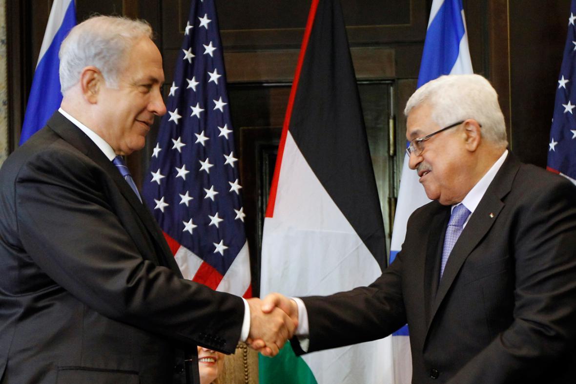 Benjamin Netanjahu a Mahmúd Abbás