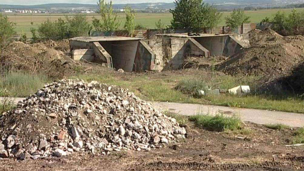Bývalý armádní komplex v Sokolnicích