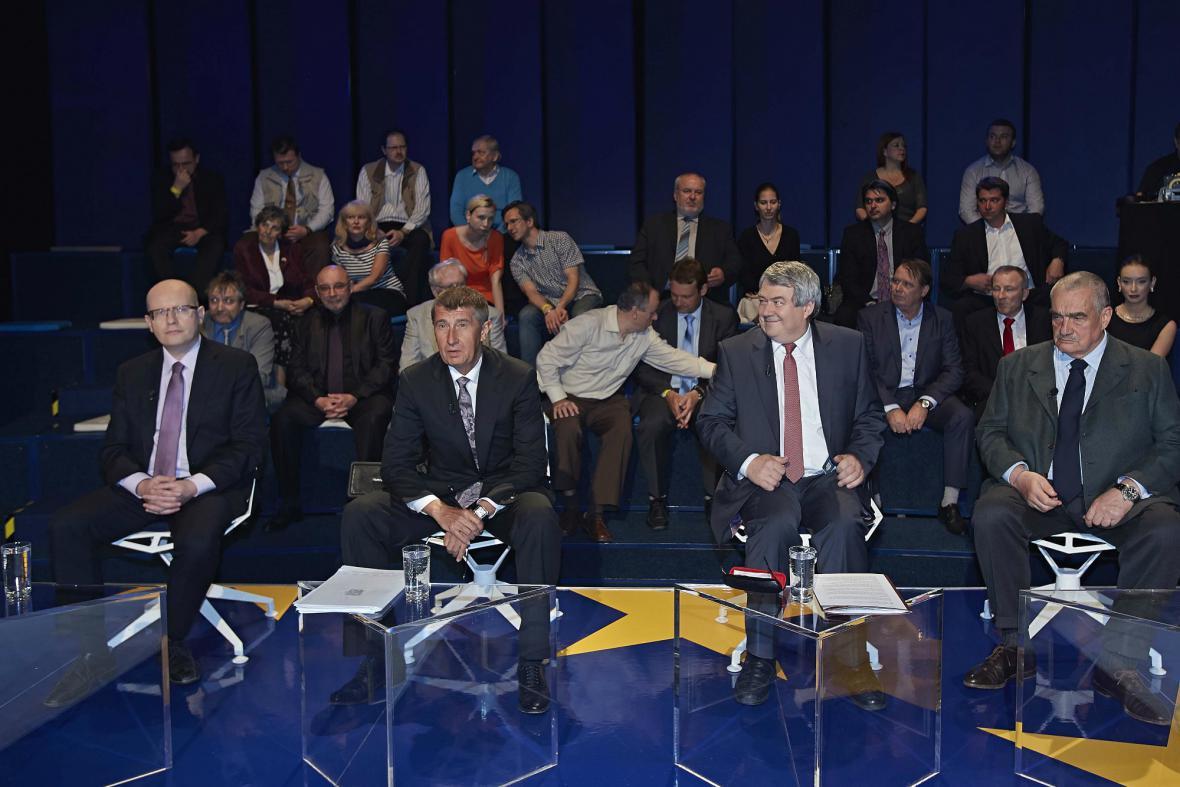 Debata šéfů parlamentních stran před evropskými volbami