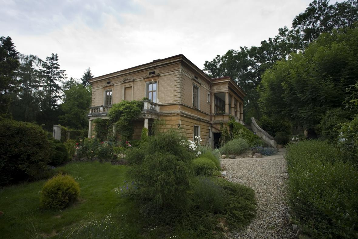 Vila Aloise Bureše