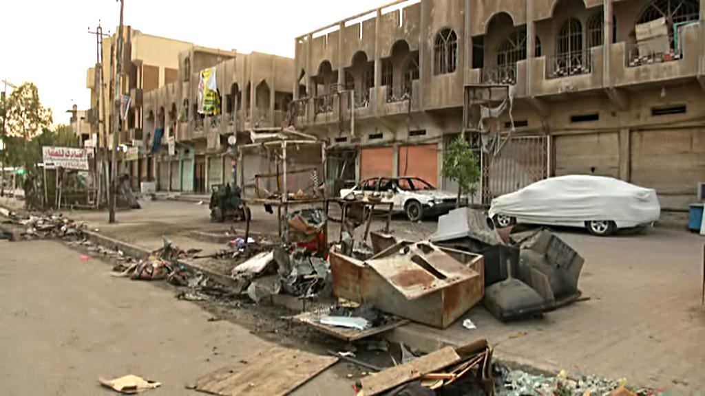 Následky sebevražedného útoku v Bagdádu