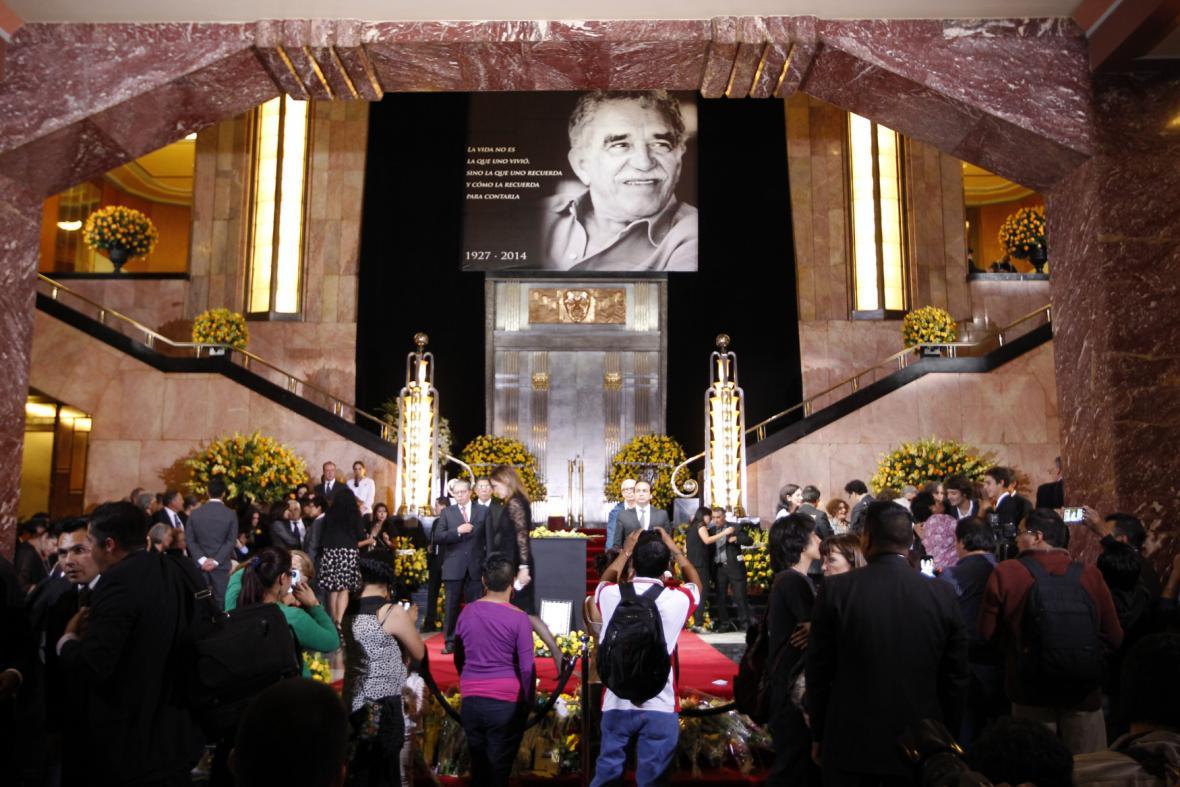 Mexiko se loučí se spisovatelem Márquezem