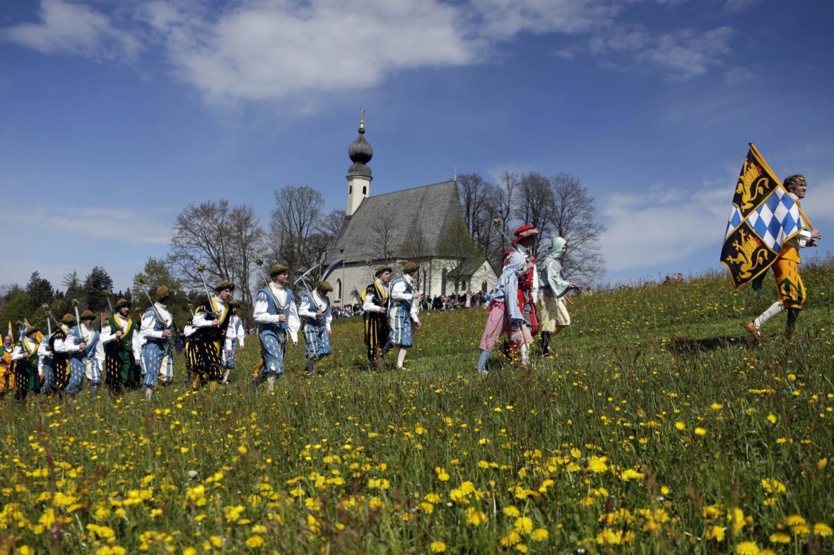 Tradiční procesí v německém Traunsteinu