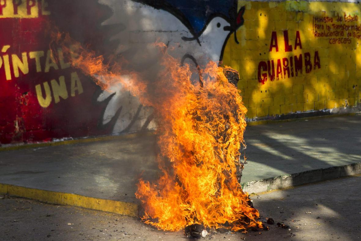 Pálení Jidáše - Caracas