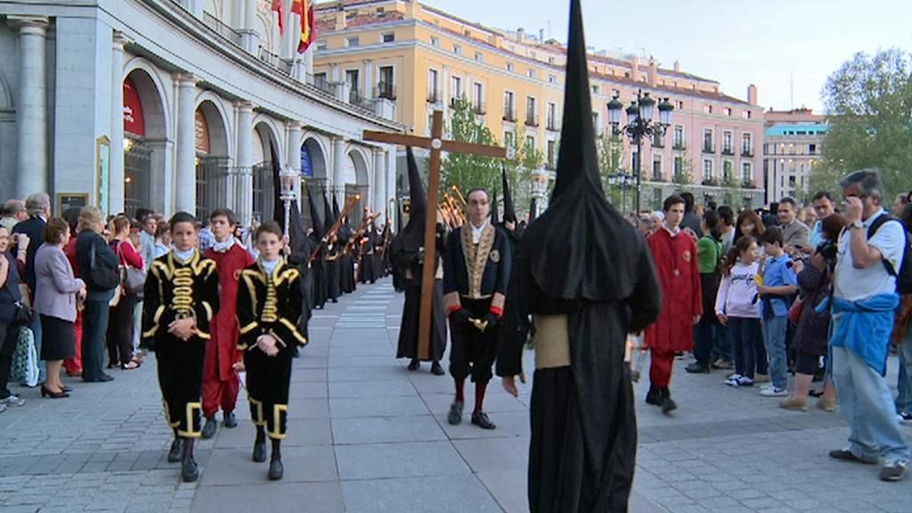 Velikonoční procesí ve Španělsku