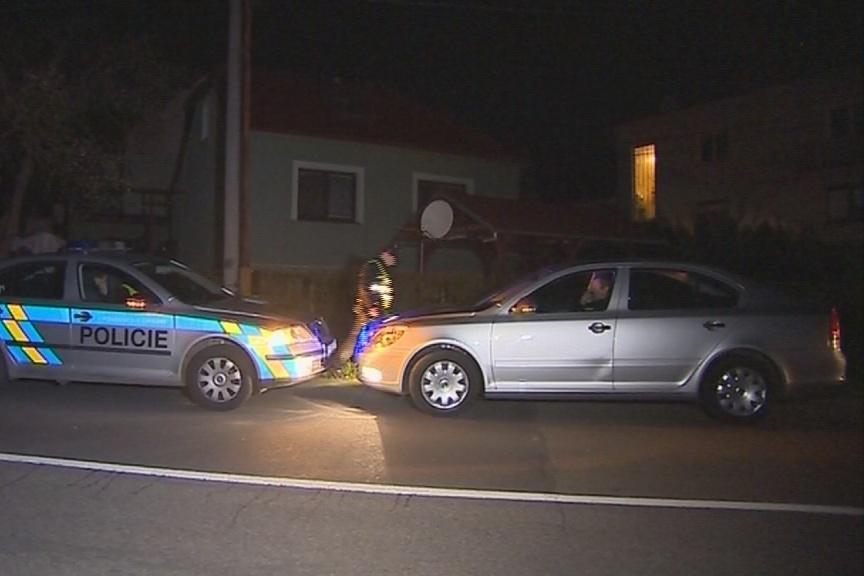 Noční policejní hlídka našla Šabršulu sedět na místě řidiče