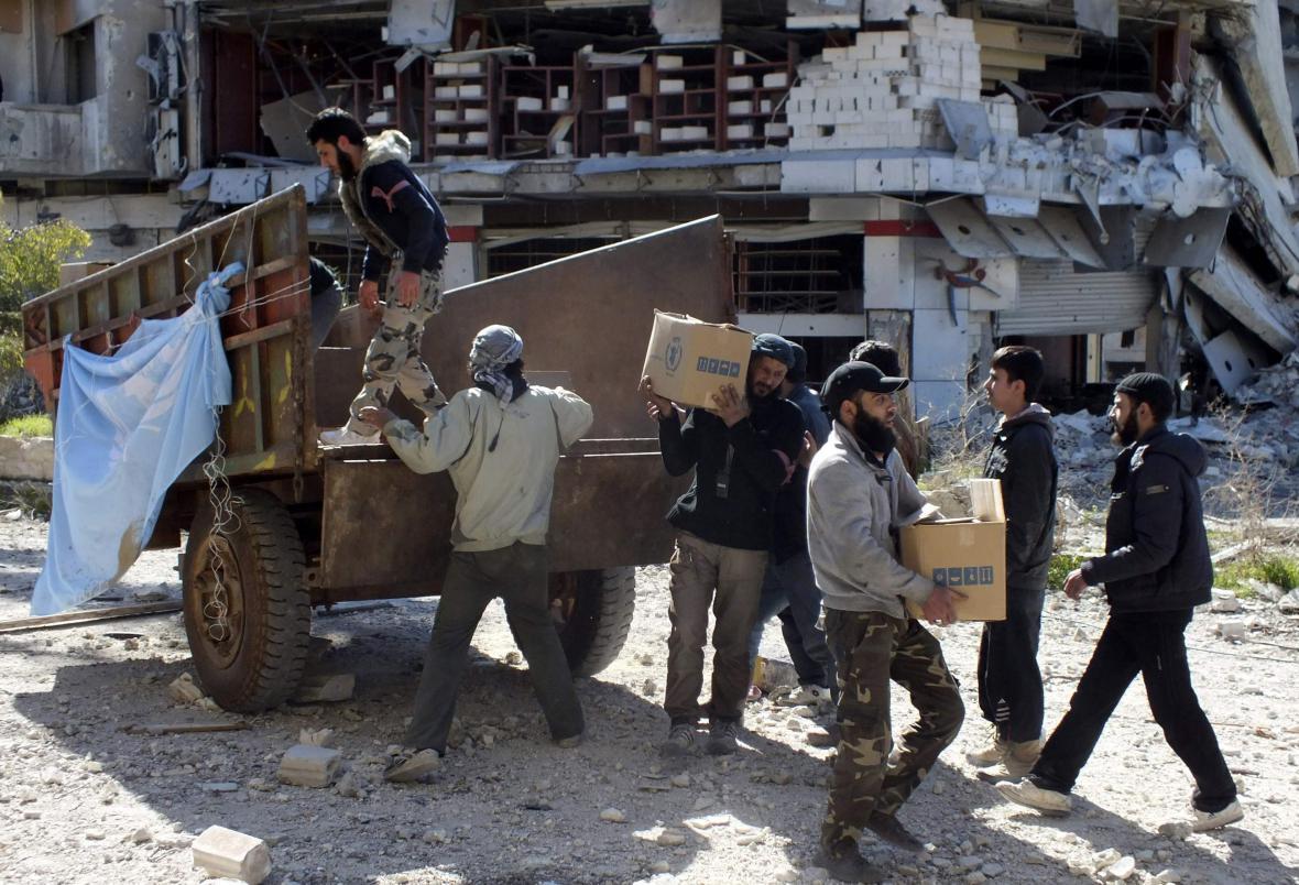 Humanitární pomoc v syrském Homsu