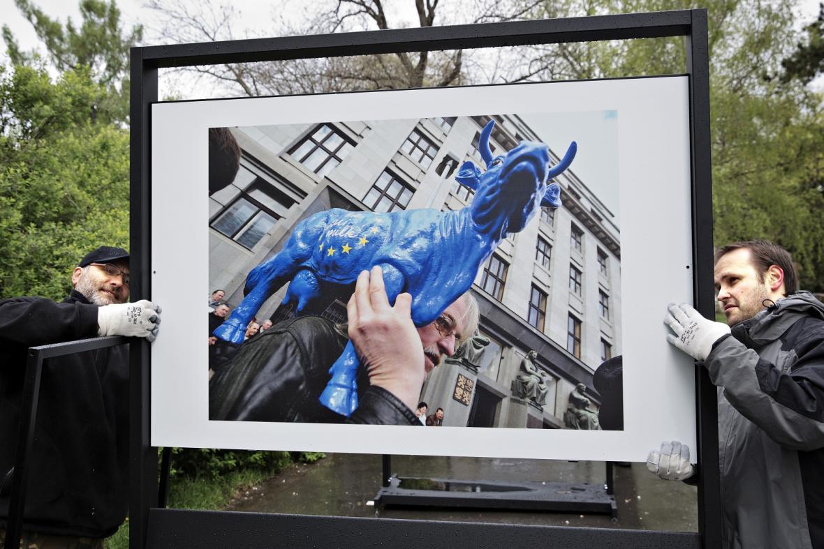 Výstava ČTK k 10. výročí vstupu ČR do EU