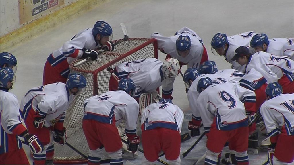 Český tým se v souboji o prvenství postavil Rusům