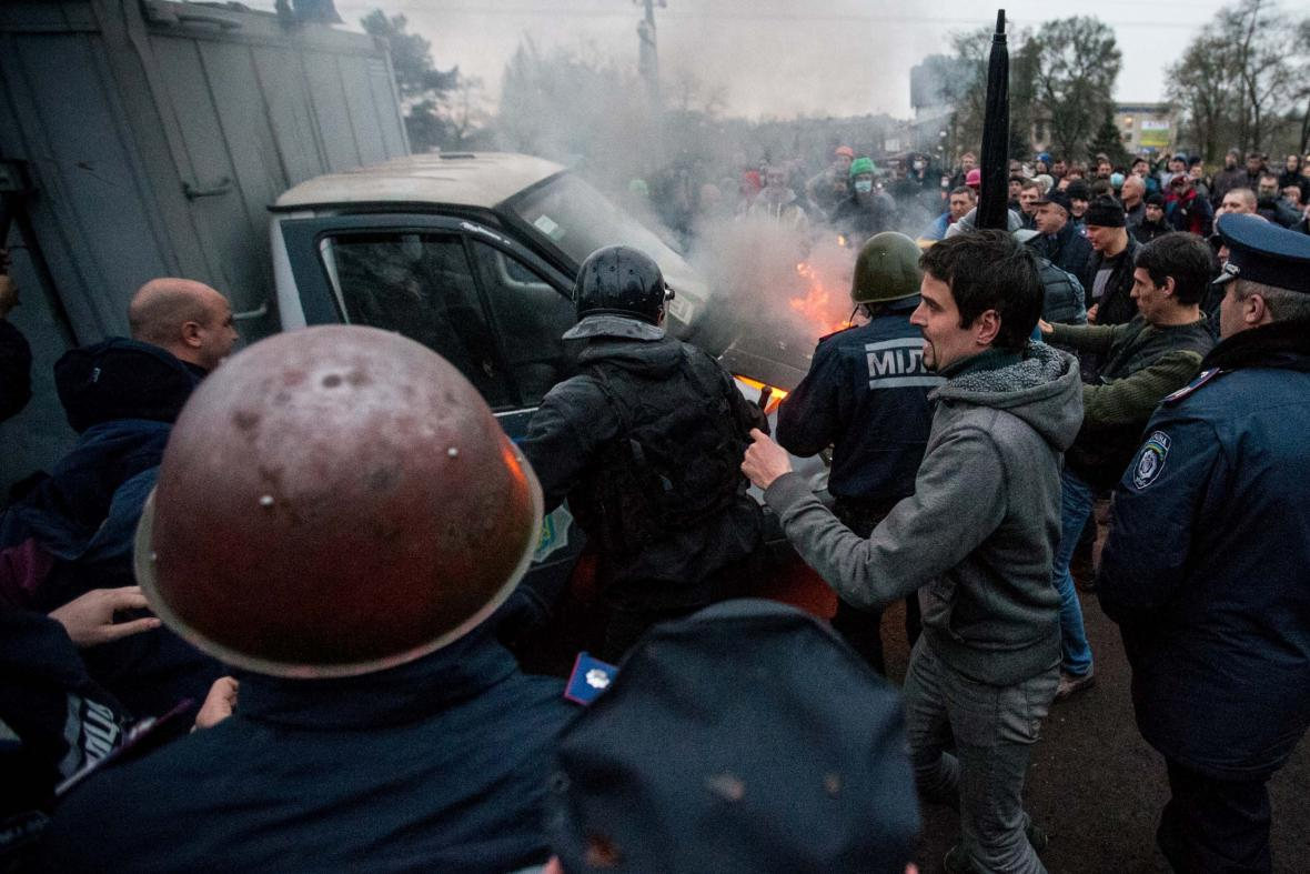 Nepokoje na východní Ukrajině