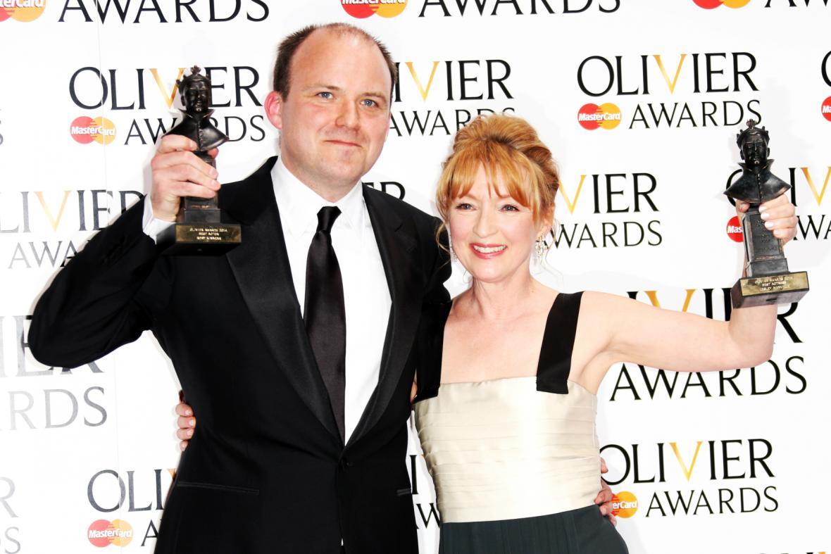 Rory Kinnear a Lesley Manvilleová získali cenu Laurence Oliviera