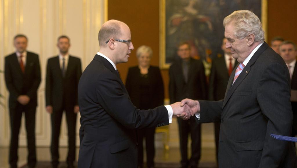 Miloš Zeman jmenoval Bohuslava Sobotku premiérem