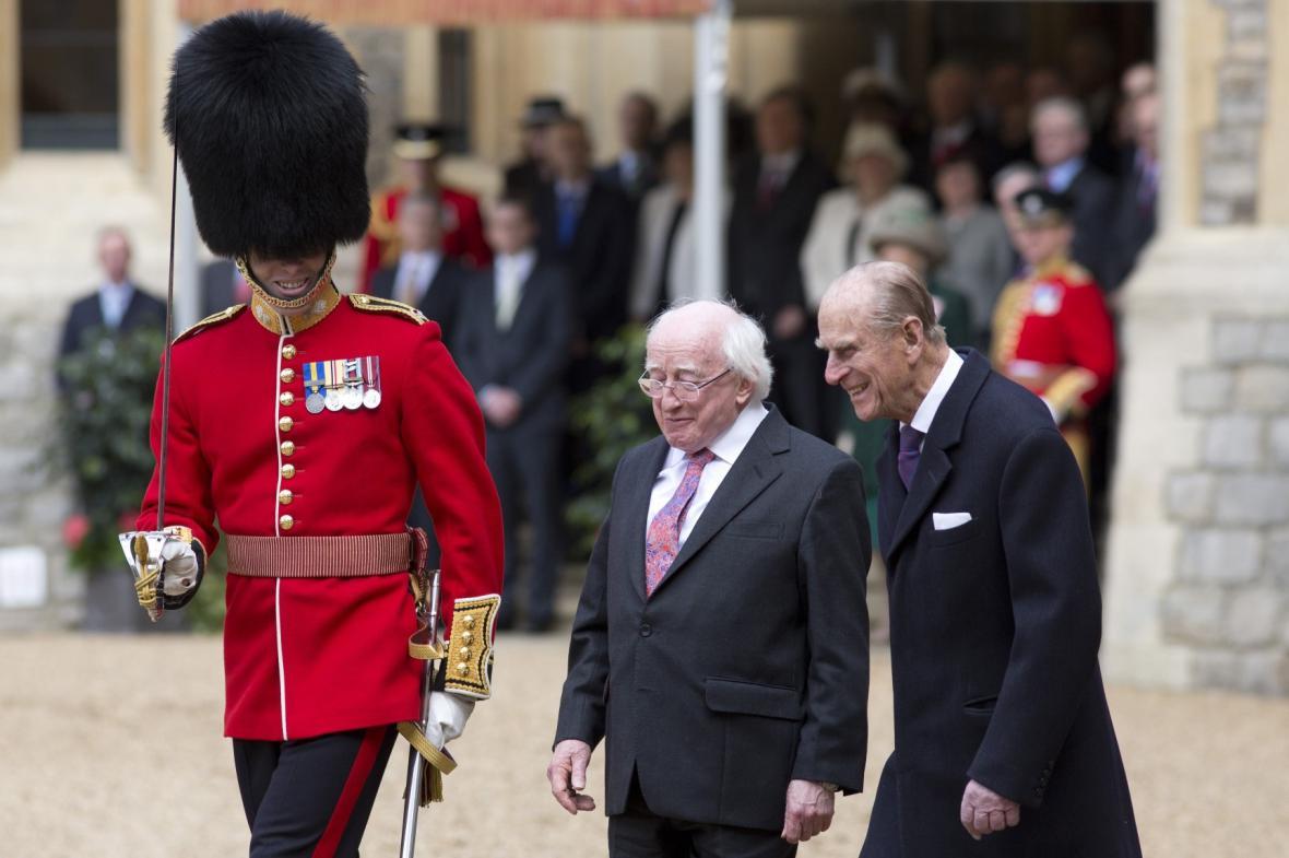 Irský prezident na historické návštěvě Británie