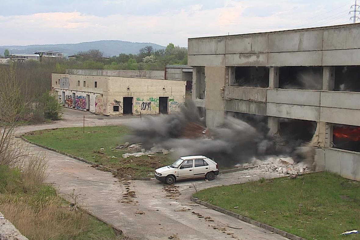 Odstřel budovy