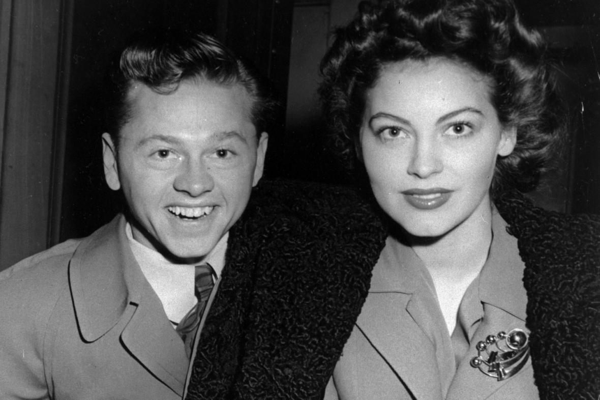 Mickey Rooney se svou první ženou Avou Gardnerovou (1942)