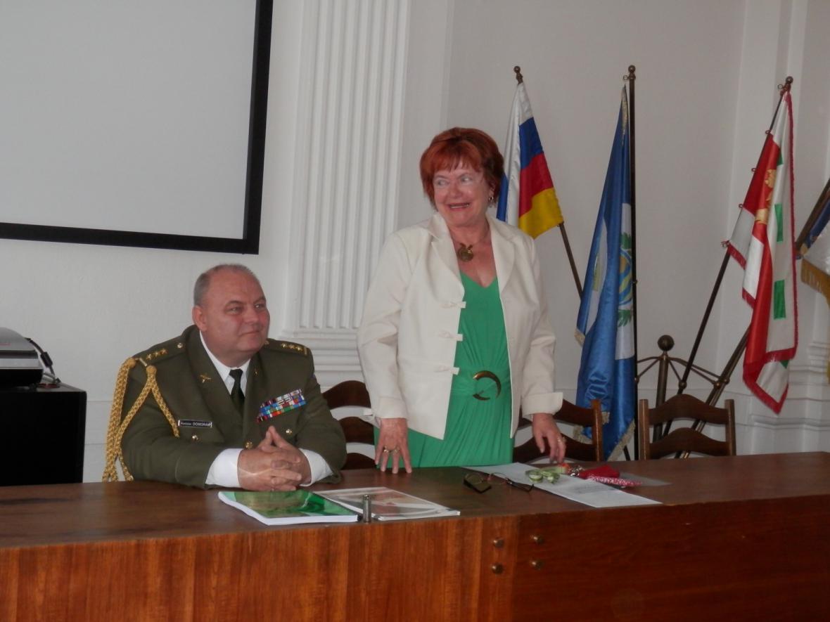 Ze setkání bývalých příslušníků pluku v Lounech