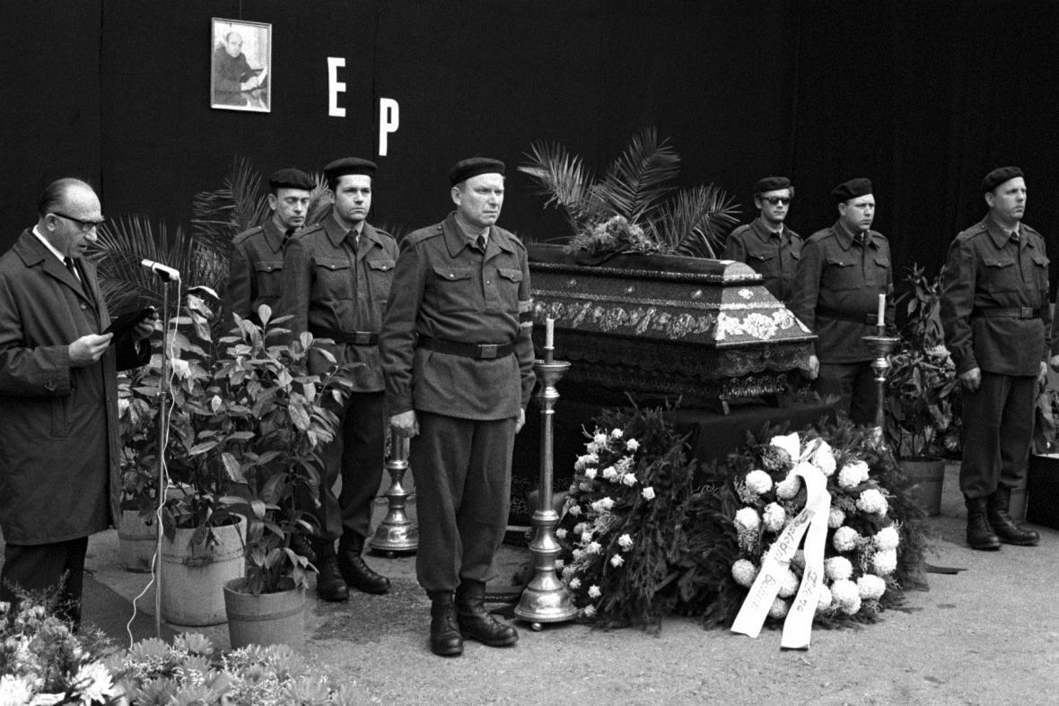 Pohřeb Evžena Plocka