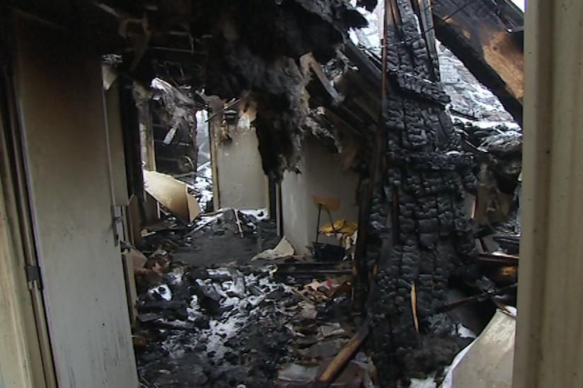 Zničená chata Libušín na Pustevnách
