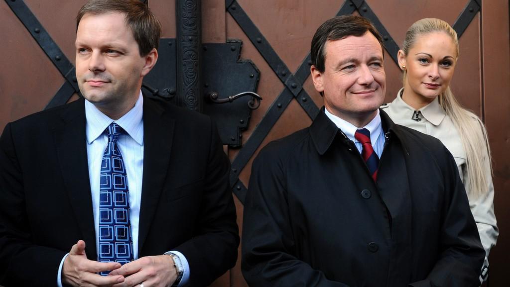 David Rath a Marcel Chládek před krajským úřadem