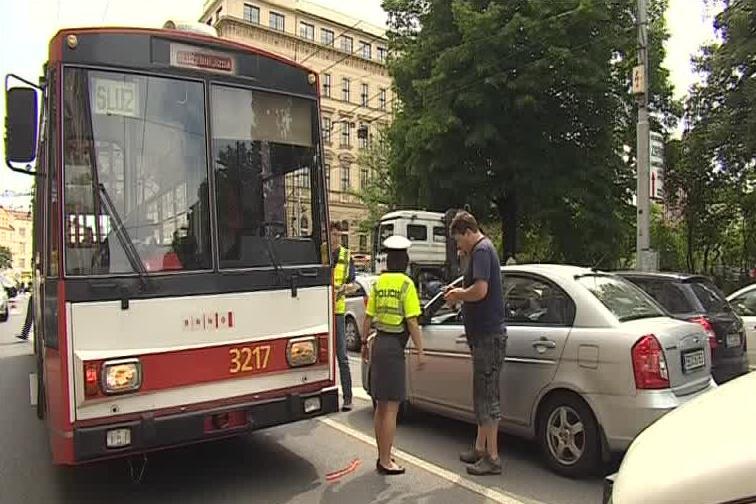 K nehodě došlo, když jel trolejbus do výchozí stanice