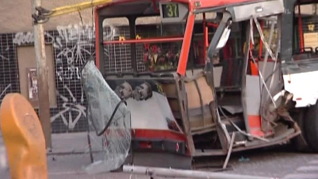 Nehoda tramvaje a trolejbusu v Brně