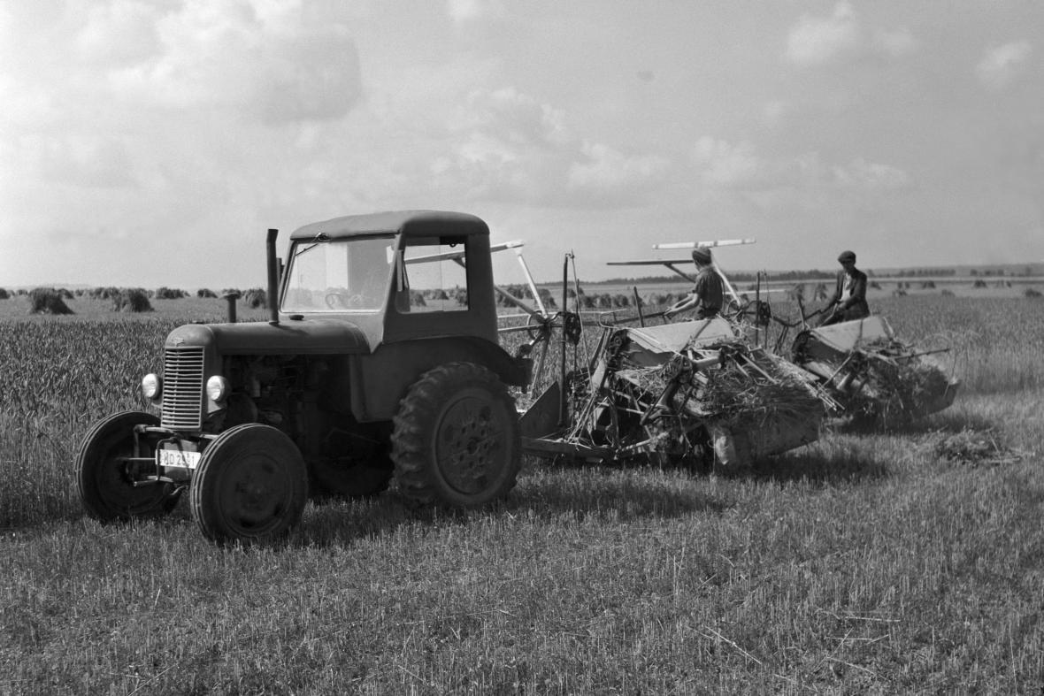 Traktor na konci 40. let