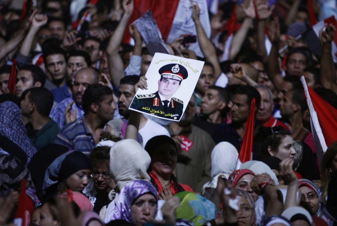 Odpůrci sesazeného prezidenta Muhammada Mursího