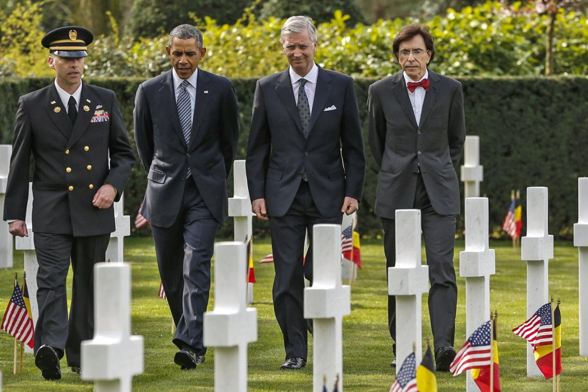 Barack Obama, král Philipp a Elio di Rupo ve Waregemu