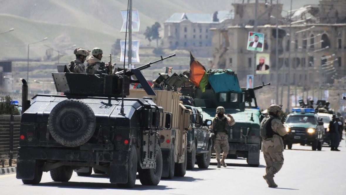 Sebevražedný atentát v sídle kábulské volební komise