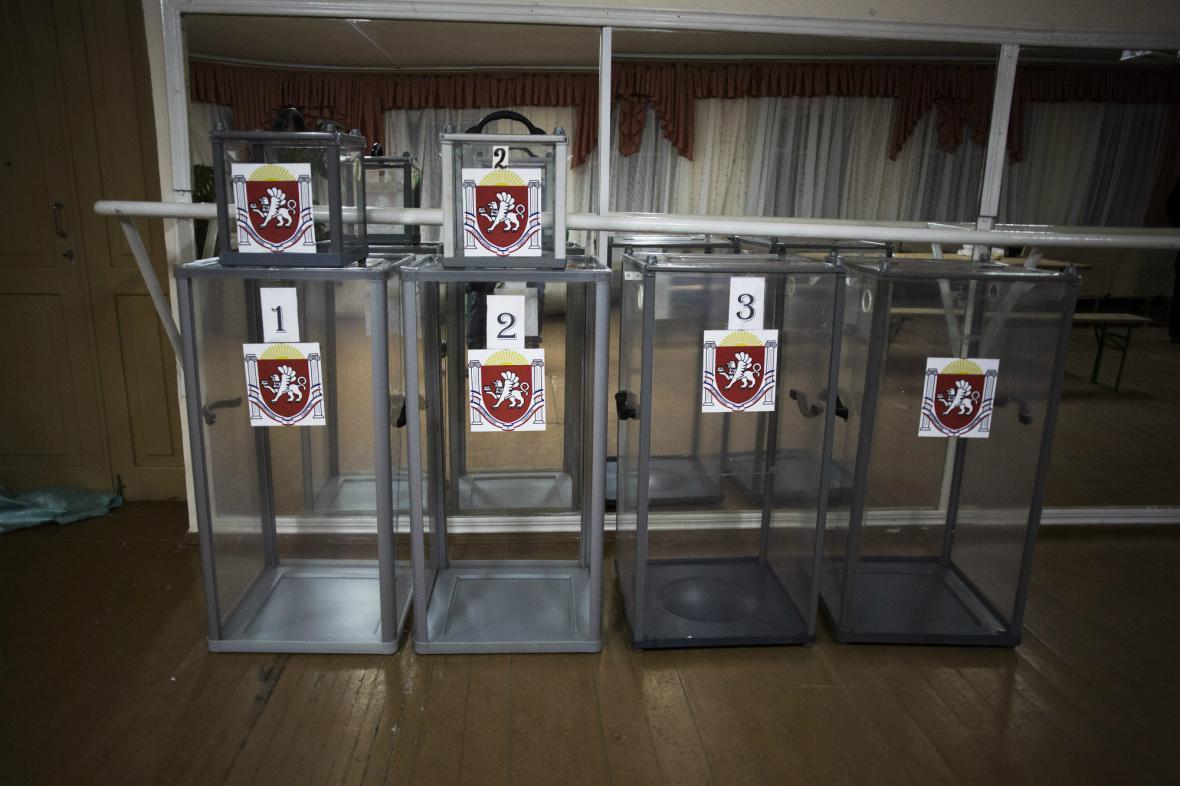 Hlasovací urny pro krymské referendum jsou připraveny