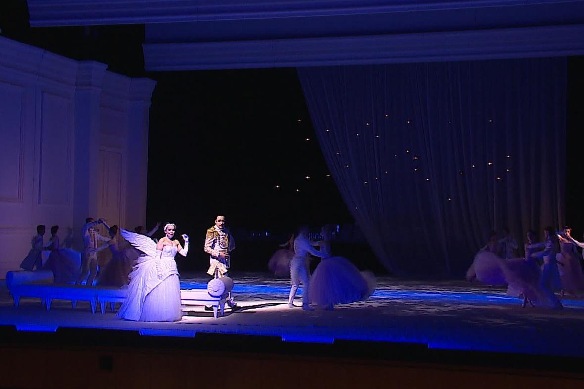Brněnská inscenace operety Polská krev
