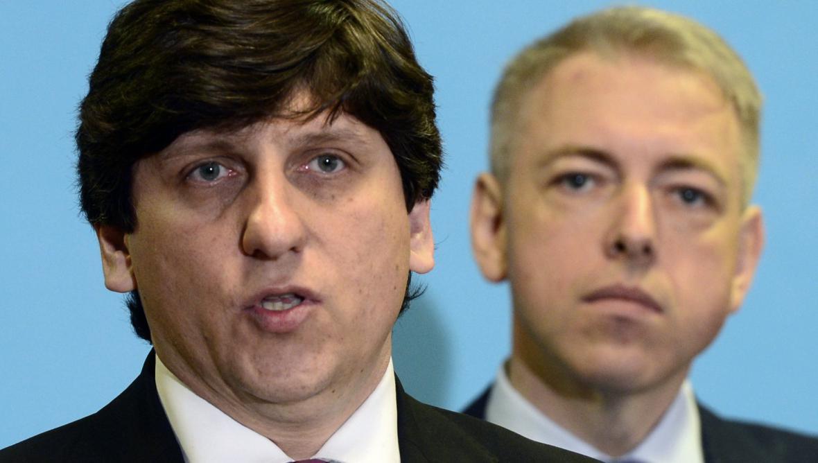 Martin Elkán (vlevo) a ministr vnitra Milan Chovanec